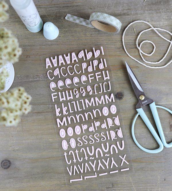Pegatinas puffy alfabeto rosa bebé de Alúa Cid